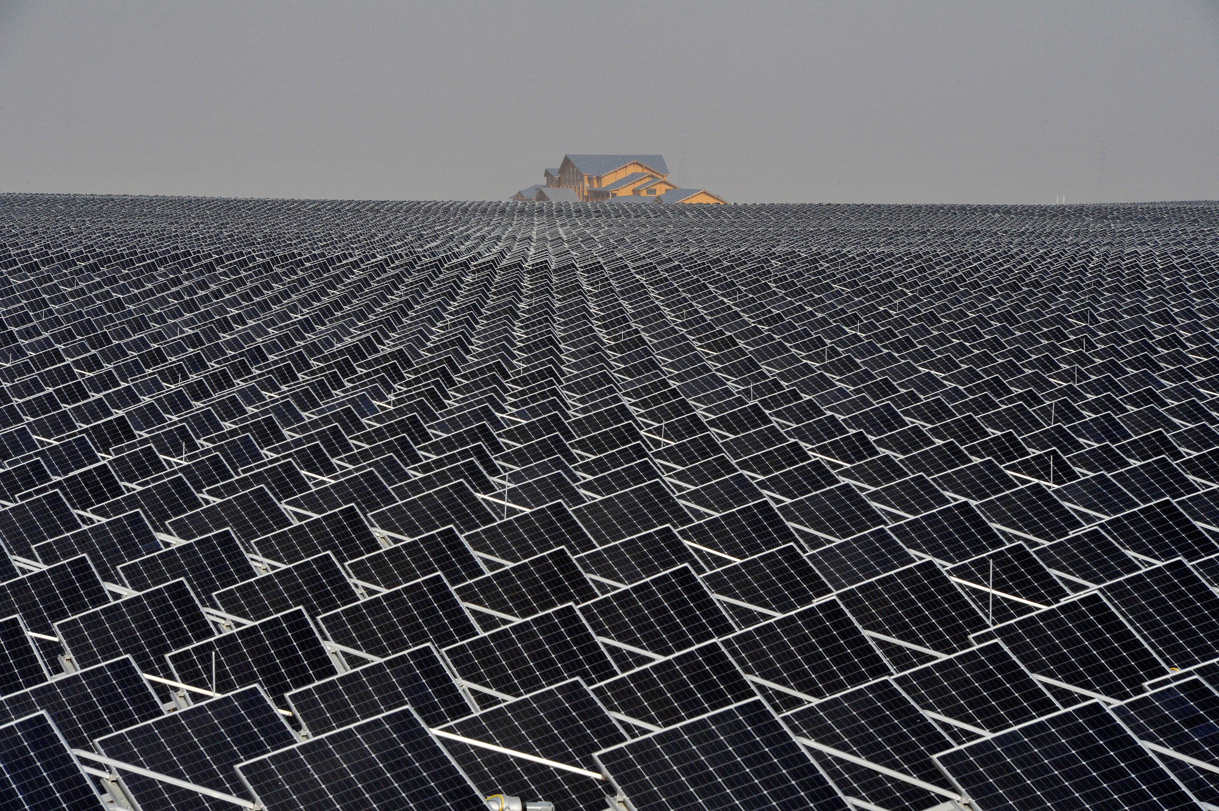 China's lead in the global solar race - at a glance | World Economic Forum