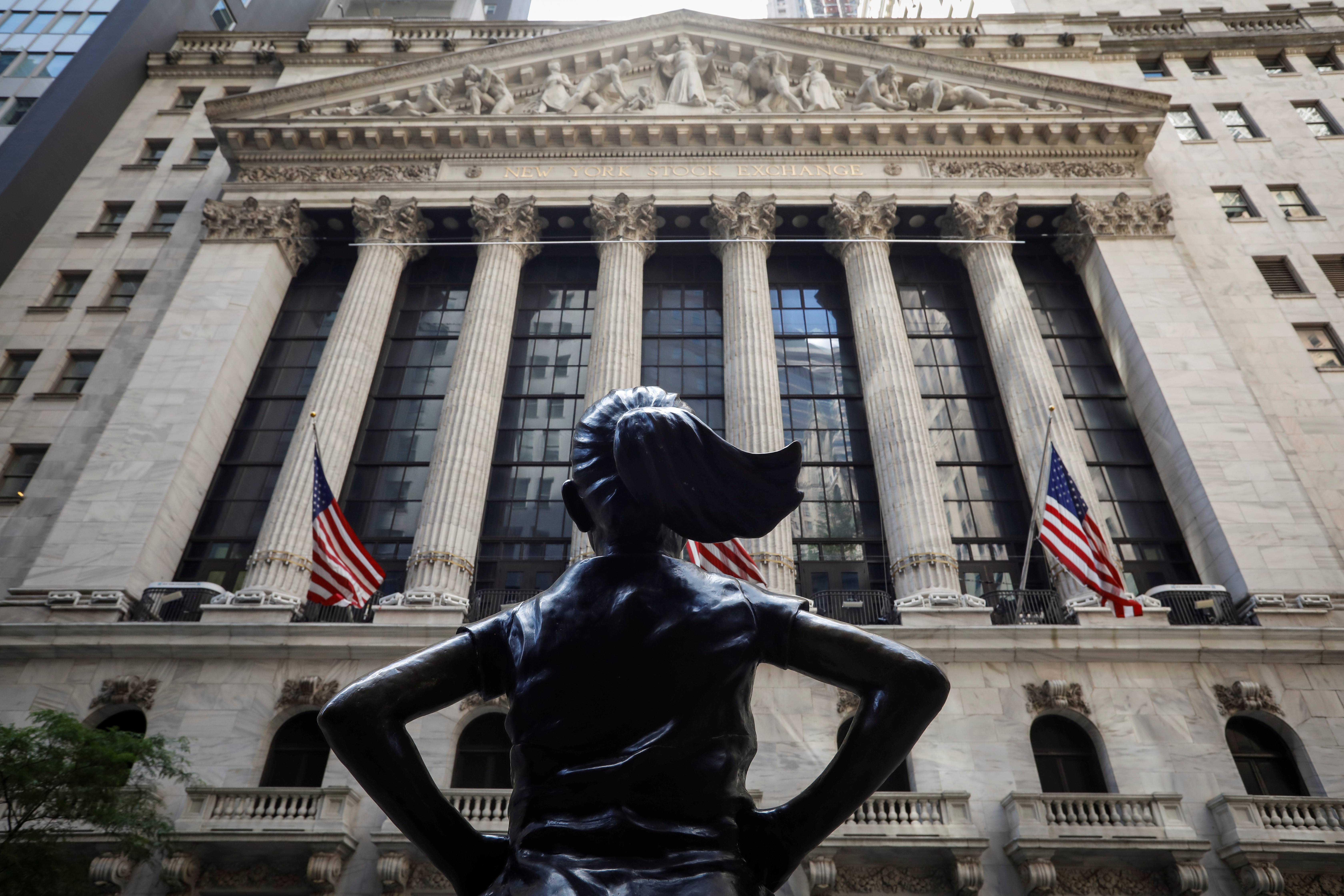 The front facade  of the New York Stock Exchange (NYSE) is seen in New York City, New York, U.S., June 26, 2020. REUTERS/Brendan McDermid - RC2AHH9NHI0T