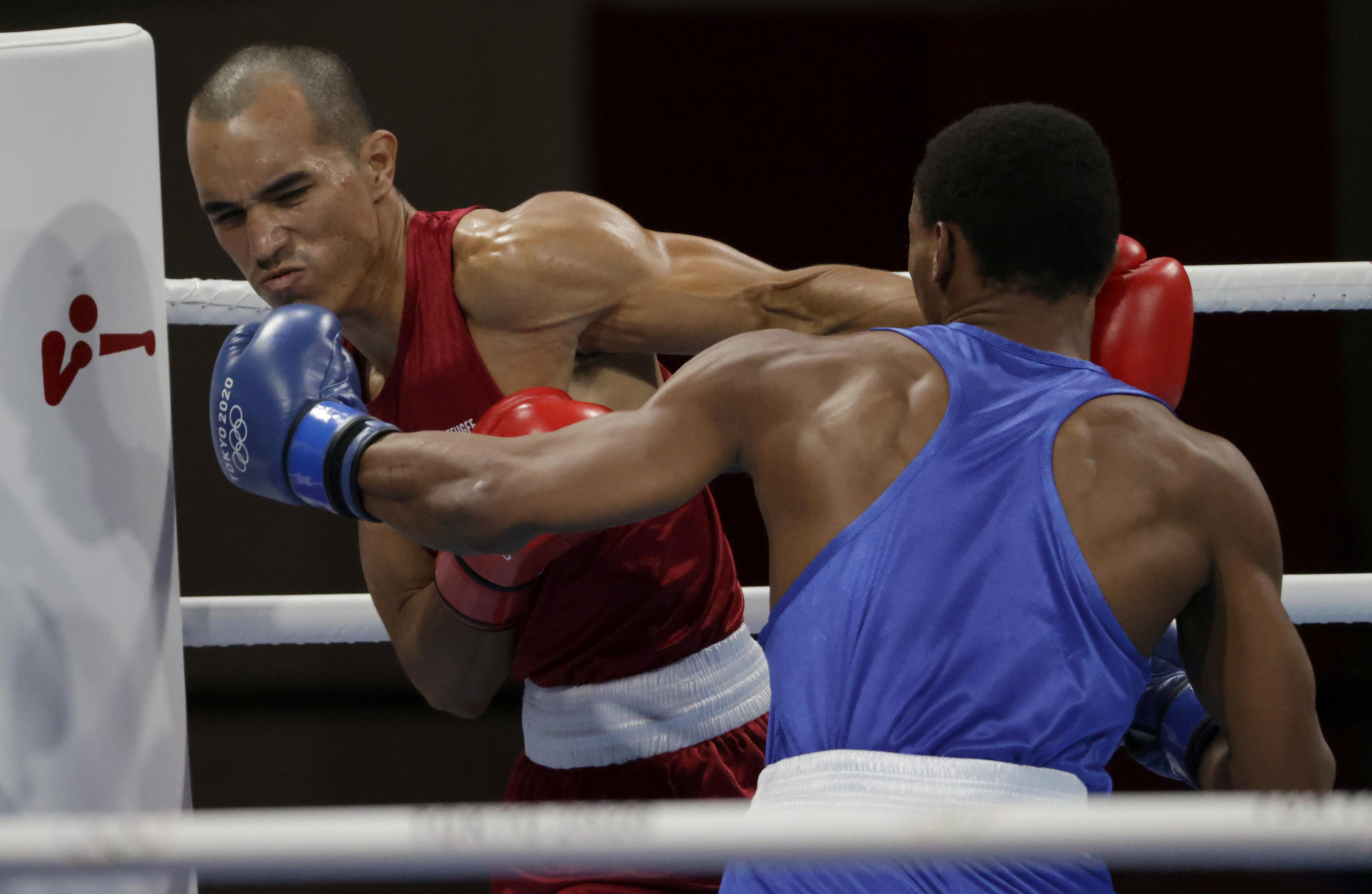 Tokyo 2020 Olympics - Boxing - Men's Middleweight - Last 32 - Kokugikan Arena - Tokyo, Japan