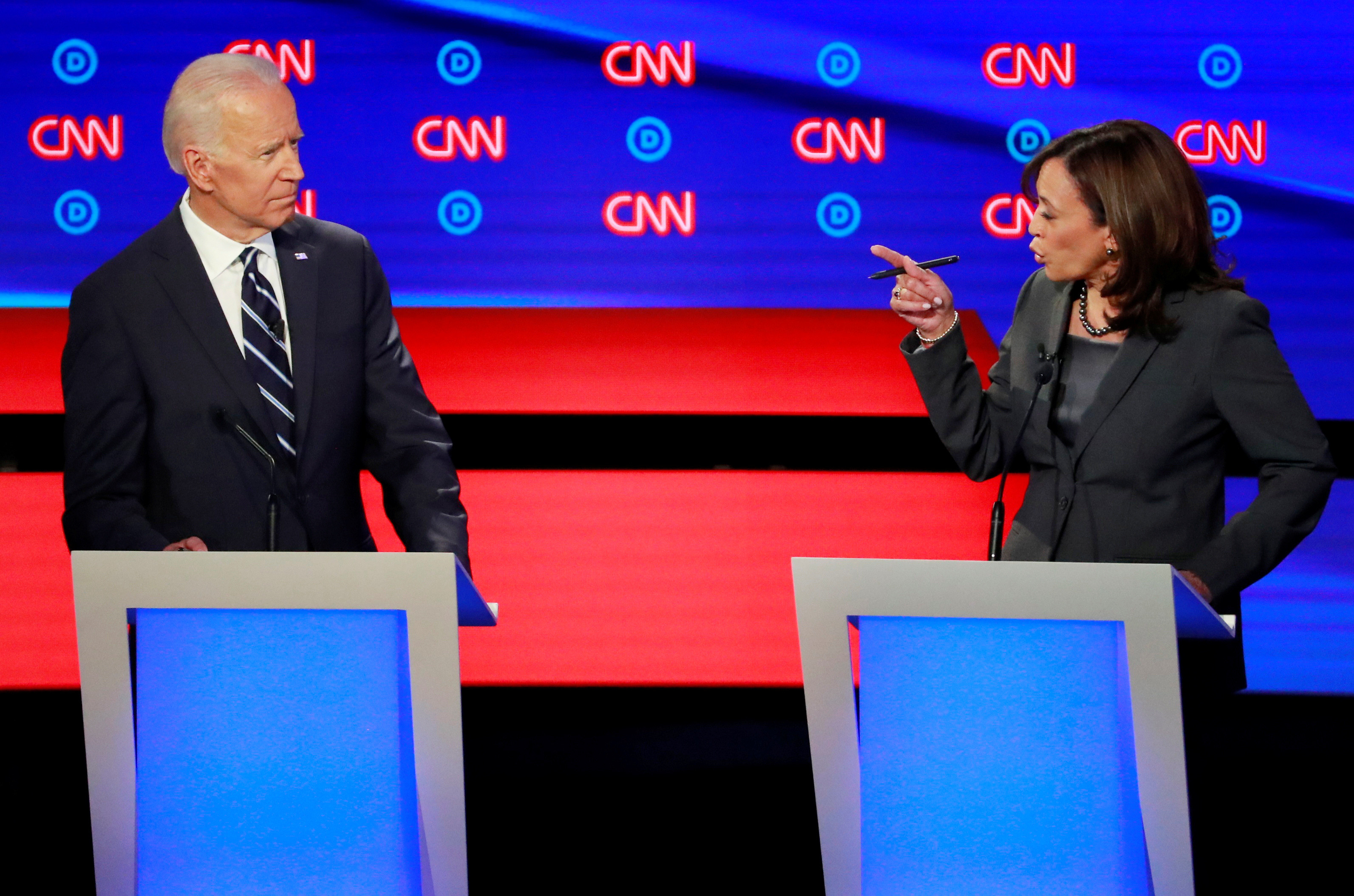 U.S. Senator Kamala Harris points at former Vice President Joe Biden on the second night of the second 2020 Democratic U.S. presidential debate in Detroit, Michigan, July 31, 2019. REUTERS/Lucas Jackson     TPX IMAGES OF THE DAY - HP1EF8101W8MN