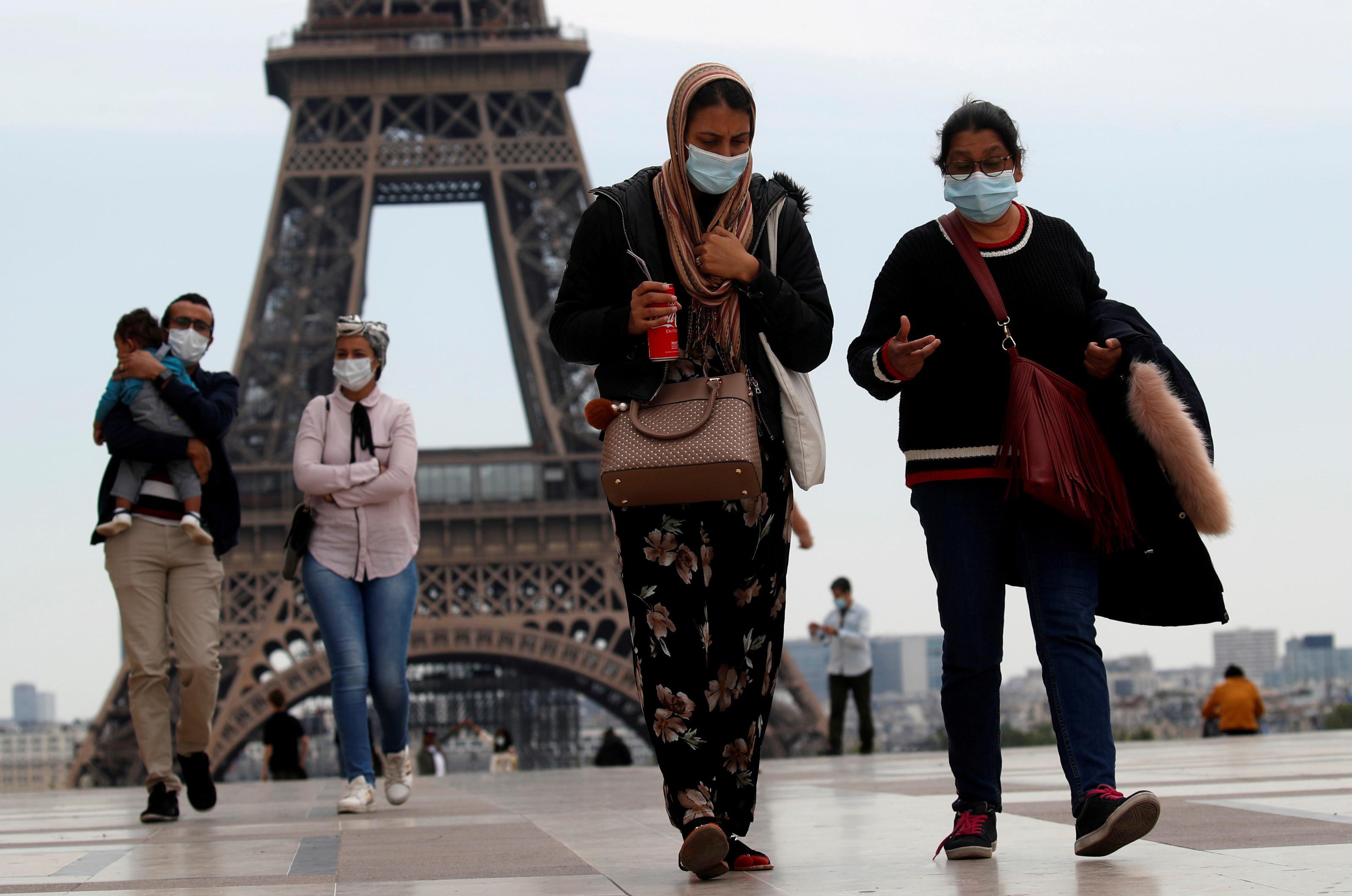 Afrontar una pandemia significa algo más que distanciamiento social y uso de máscaras.