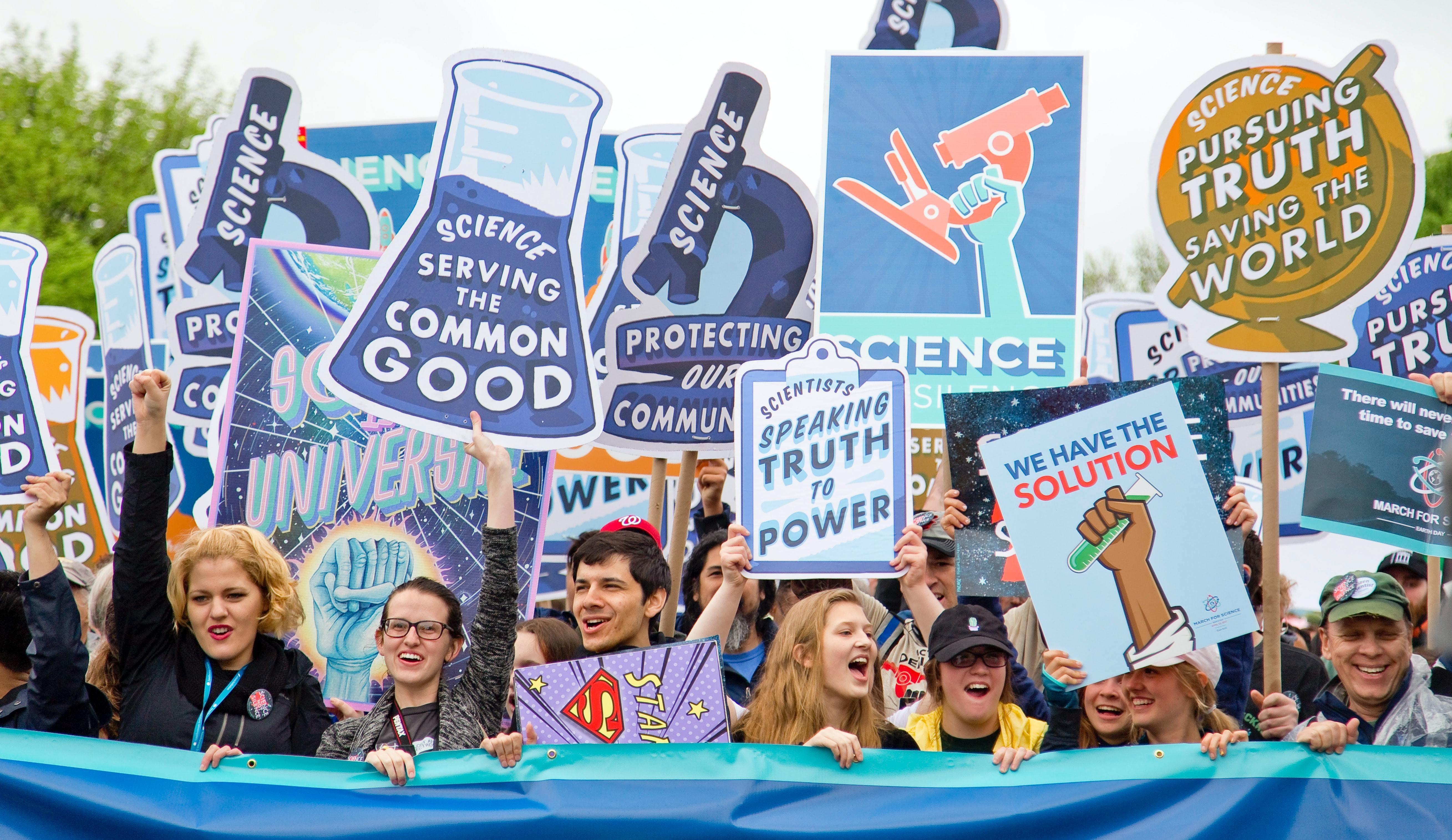 On a rain-soaked day, thousands marched on Washington DC to fight for science funding and scientific analysis in politics