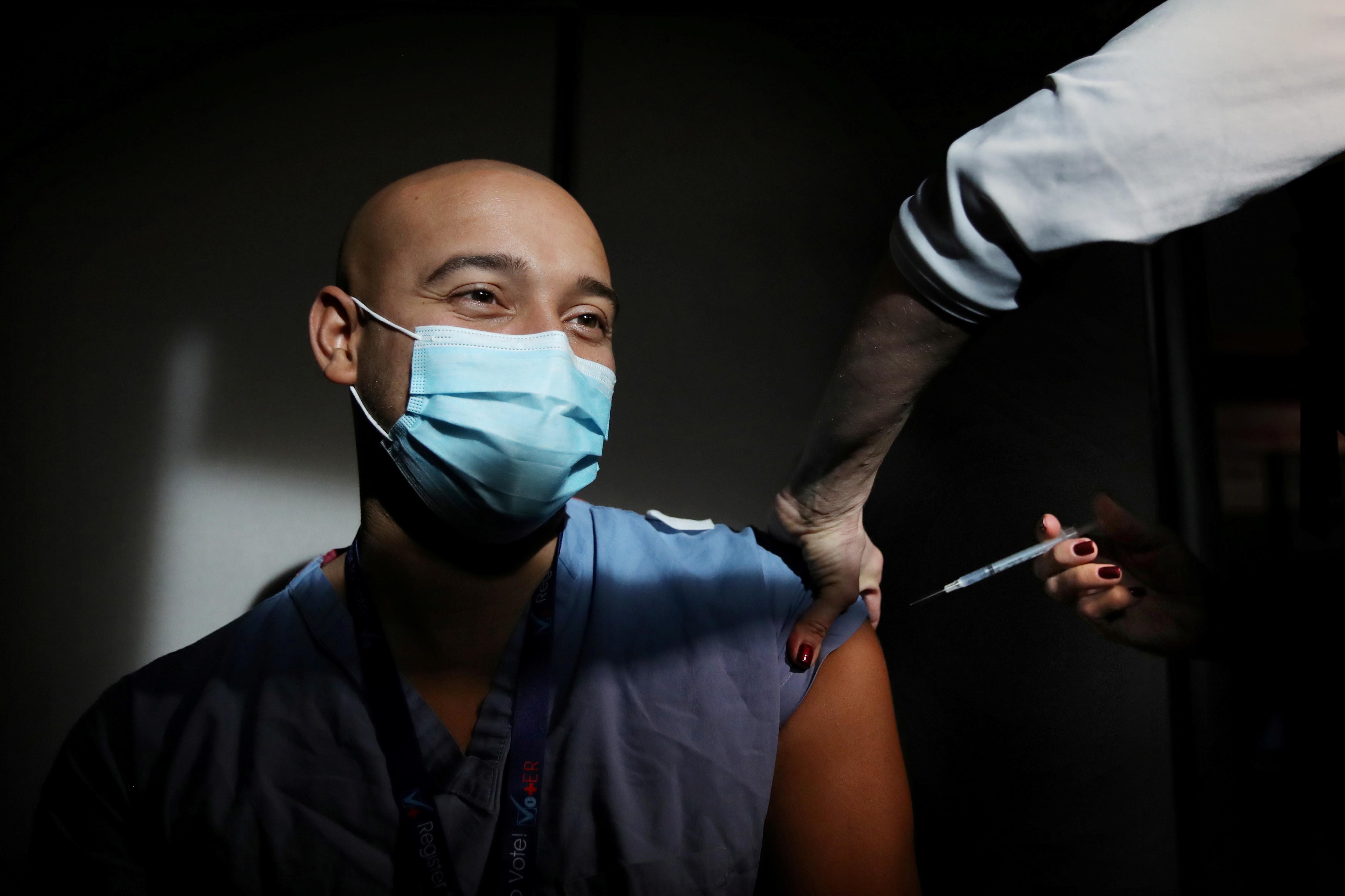 COVID-19 coronavirus global health vaccination pandemic