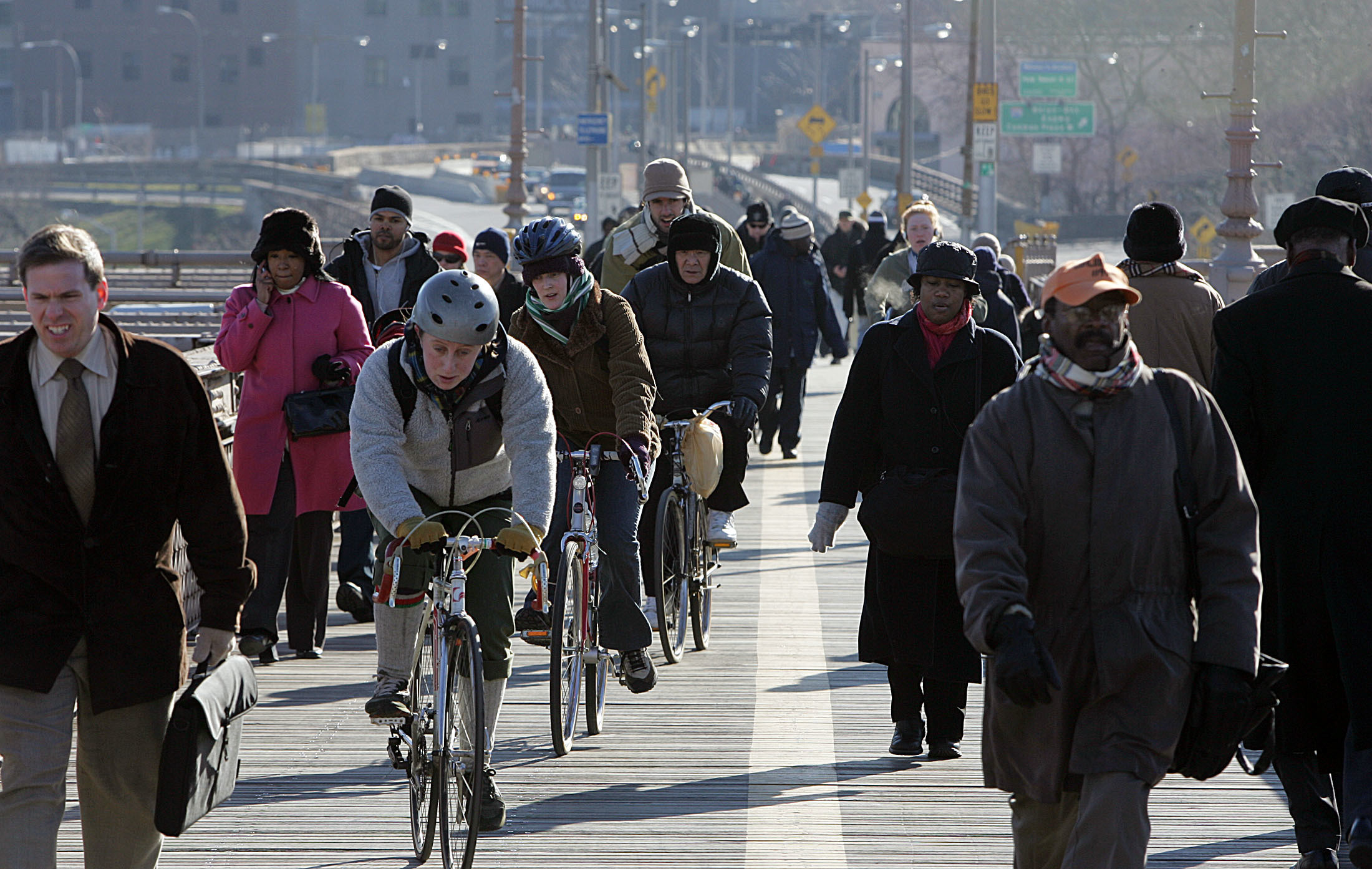 Few people in the US cycle to work, like these commuters in New York.