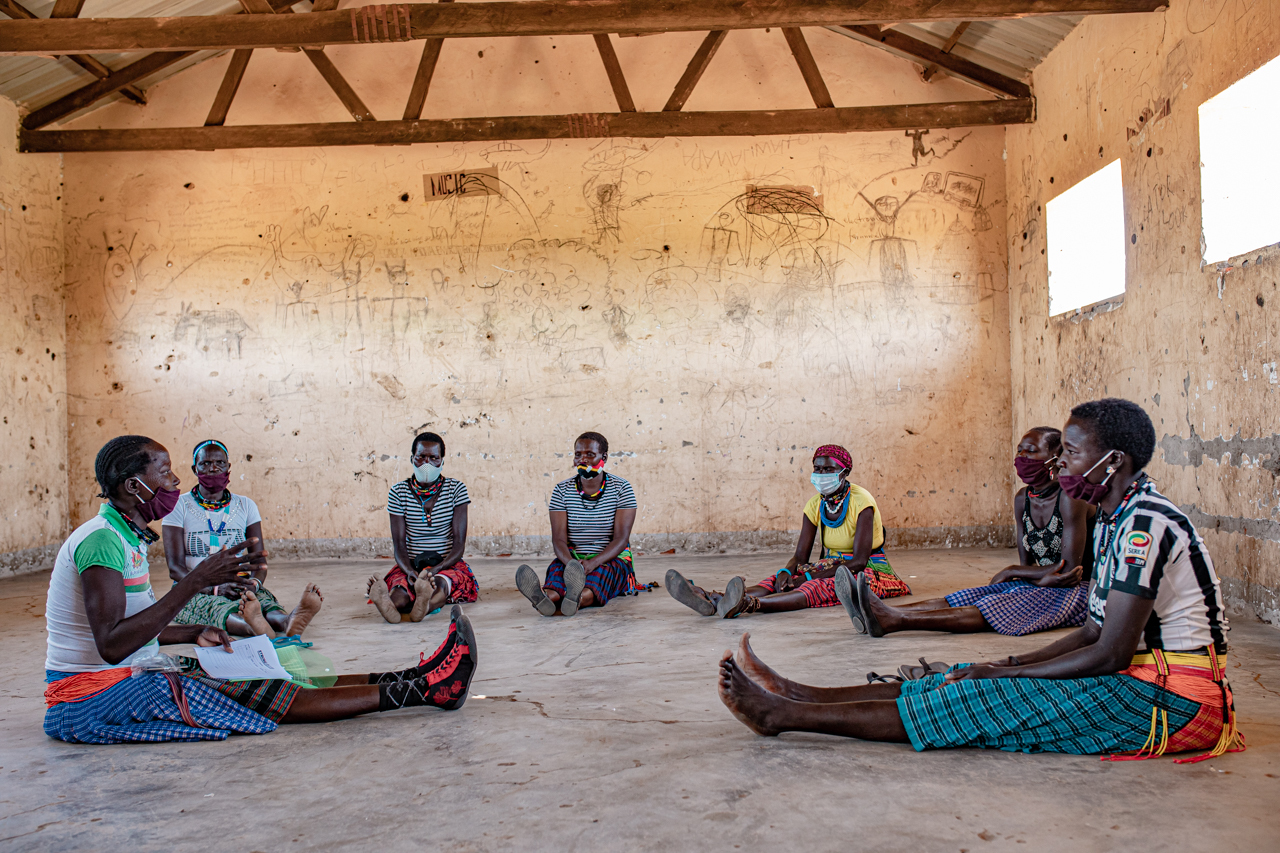 A StrongMinds therapy group in Uganda