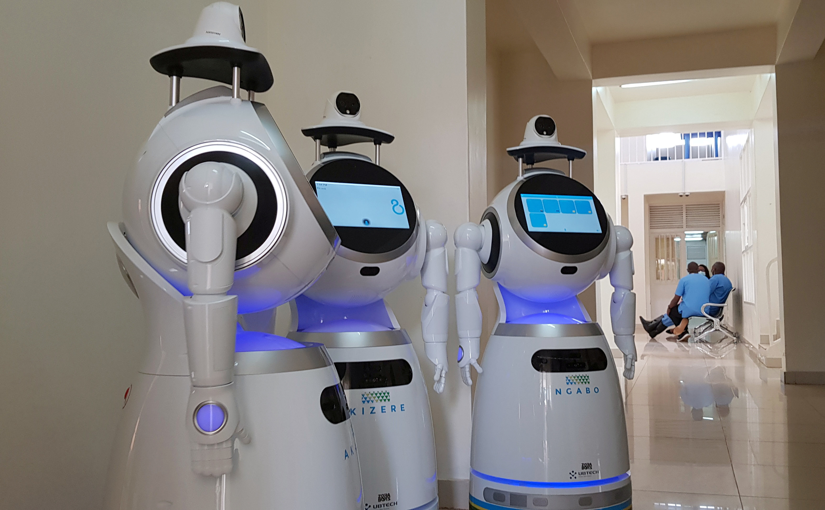 COIVD-19: Robots are supporting hospital staff in Rwanda | World Economic  Forum