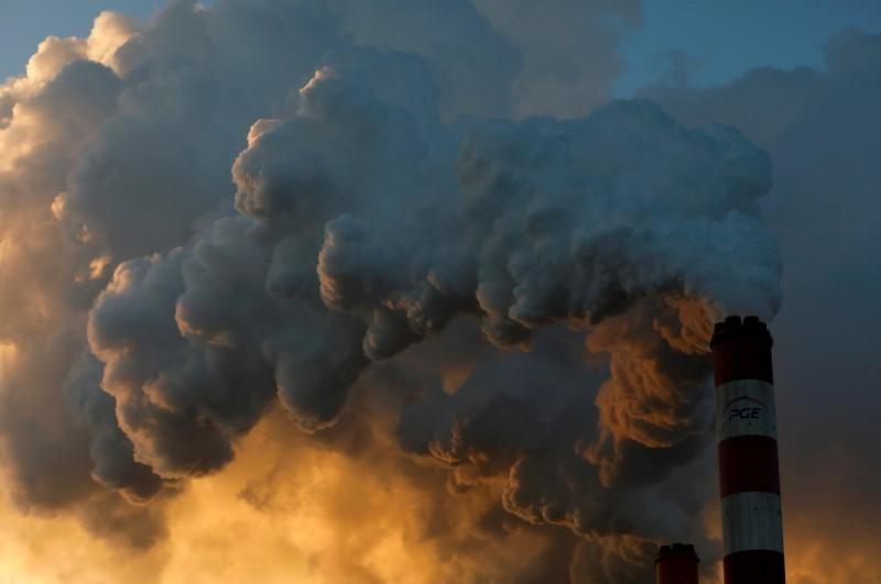 8月9日、国連の気候変動に関する政府間パネル(IPCC)が気候変動に関する報告書を公表した。ポーランド・ベウハトゥフの火力発電所で2018年11月撮影