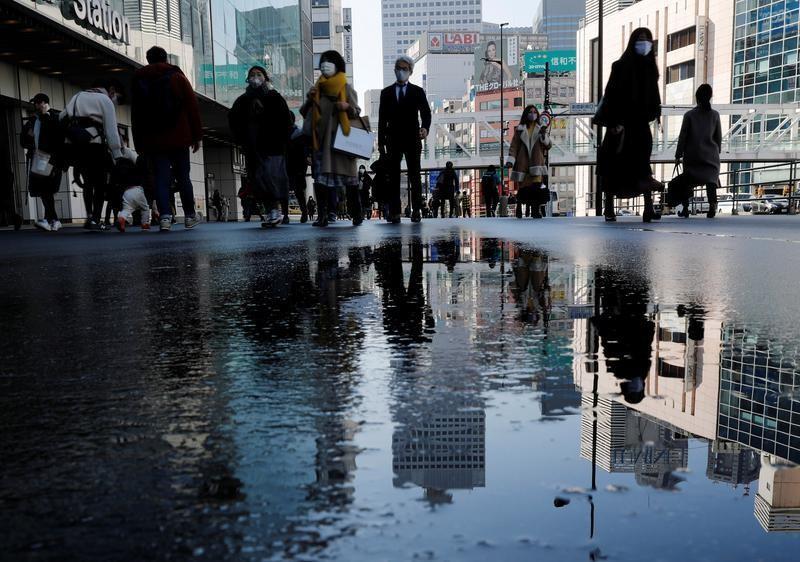 2月19日、業種によって明暗が分かれる現在の日本経済の姿は「K字回復」と呼ぶことができる。都内で2日撮影