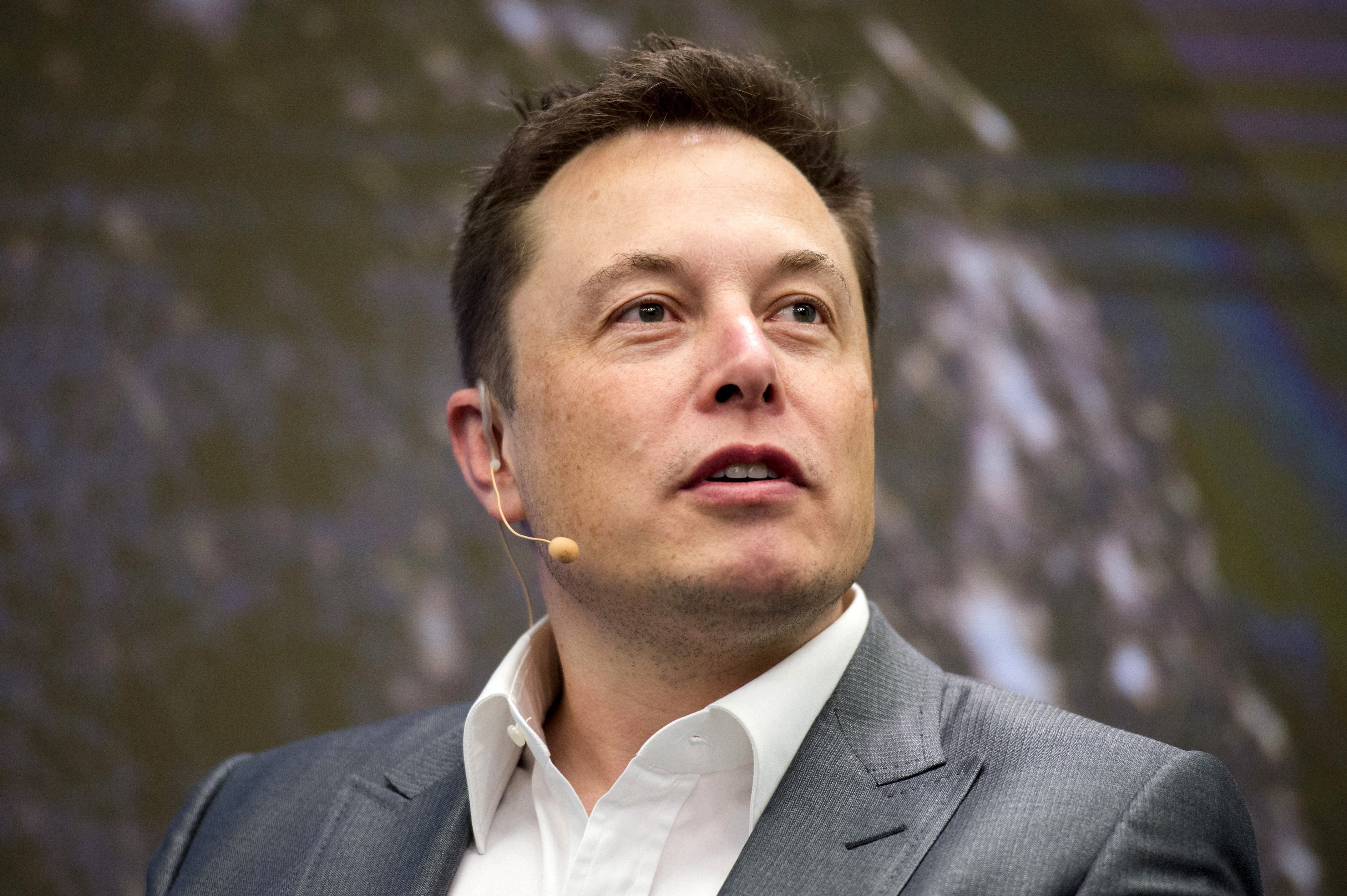 This Is What Elon Musk Tony Hsieh And Other Successful Business Leaders Ask Job Candidates World Economic Forum
