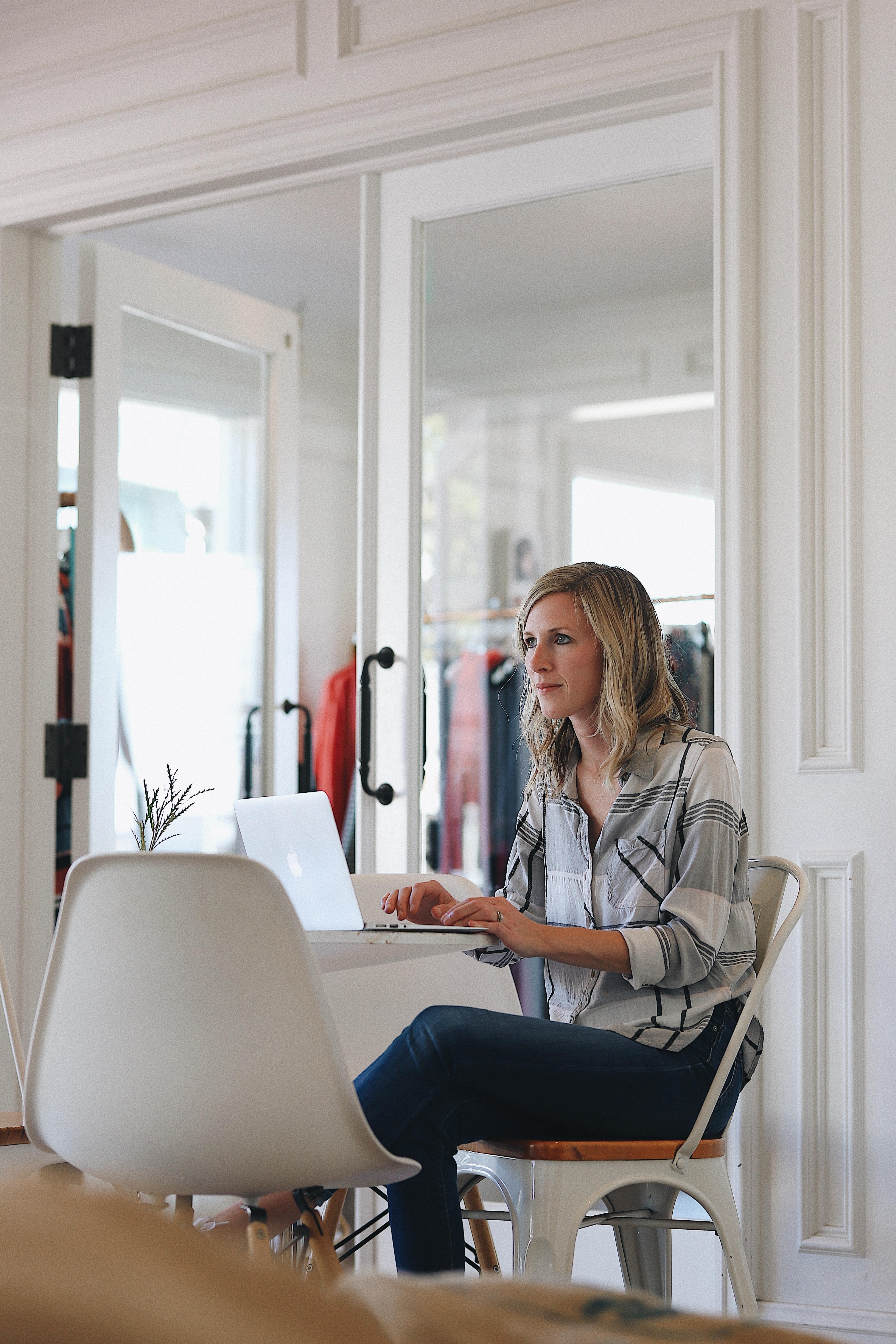 Woman in informal environment at her laptop