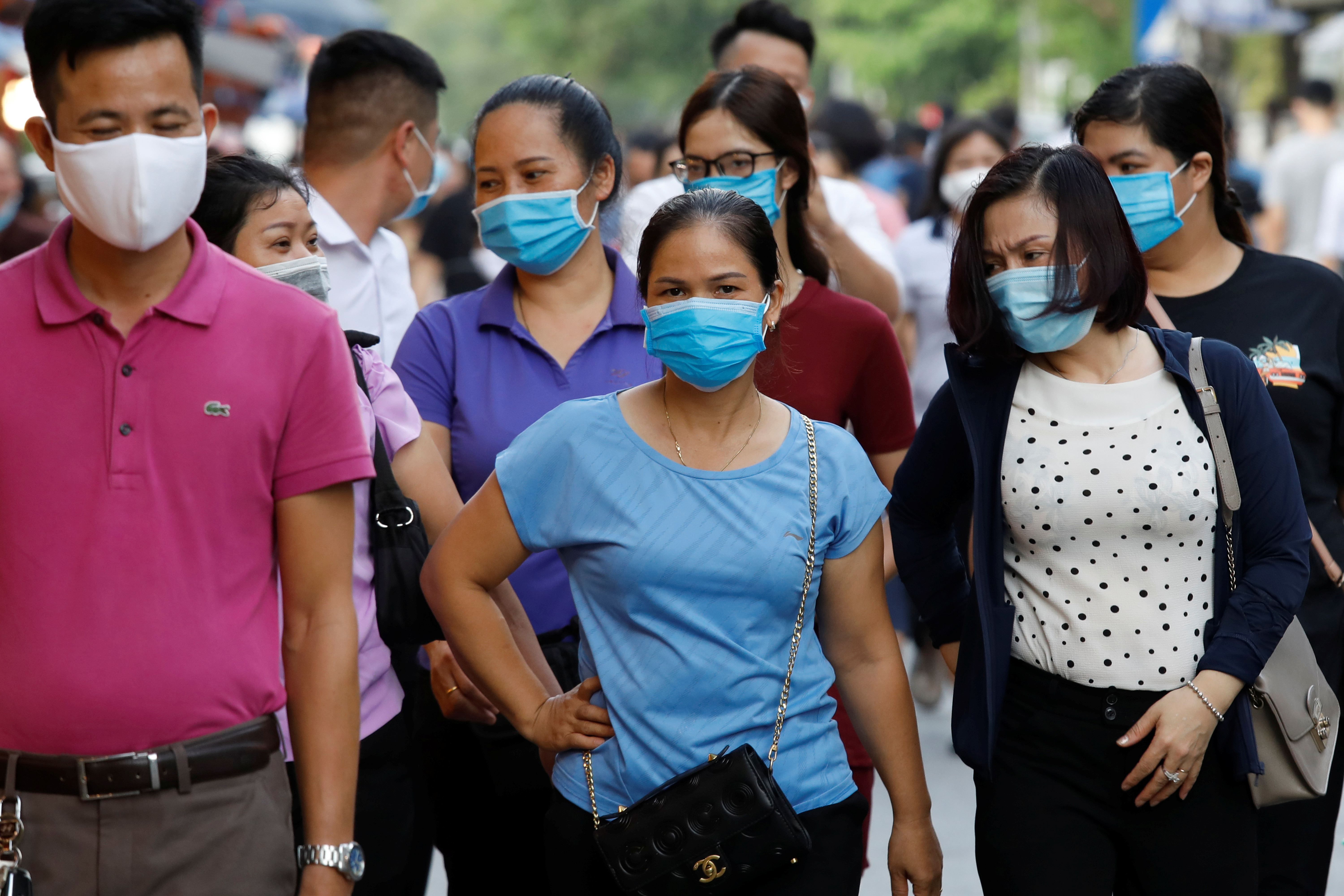 How has Viet Nam responded more effectively to the pandemic than many better-resourced nations?