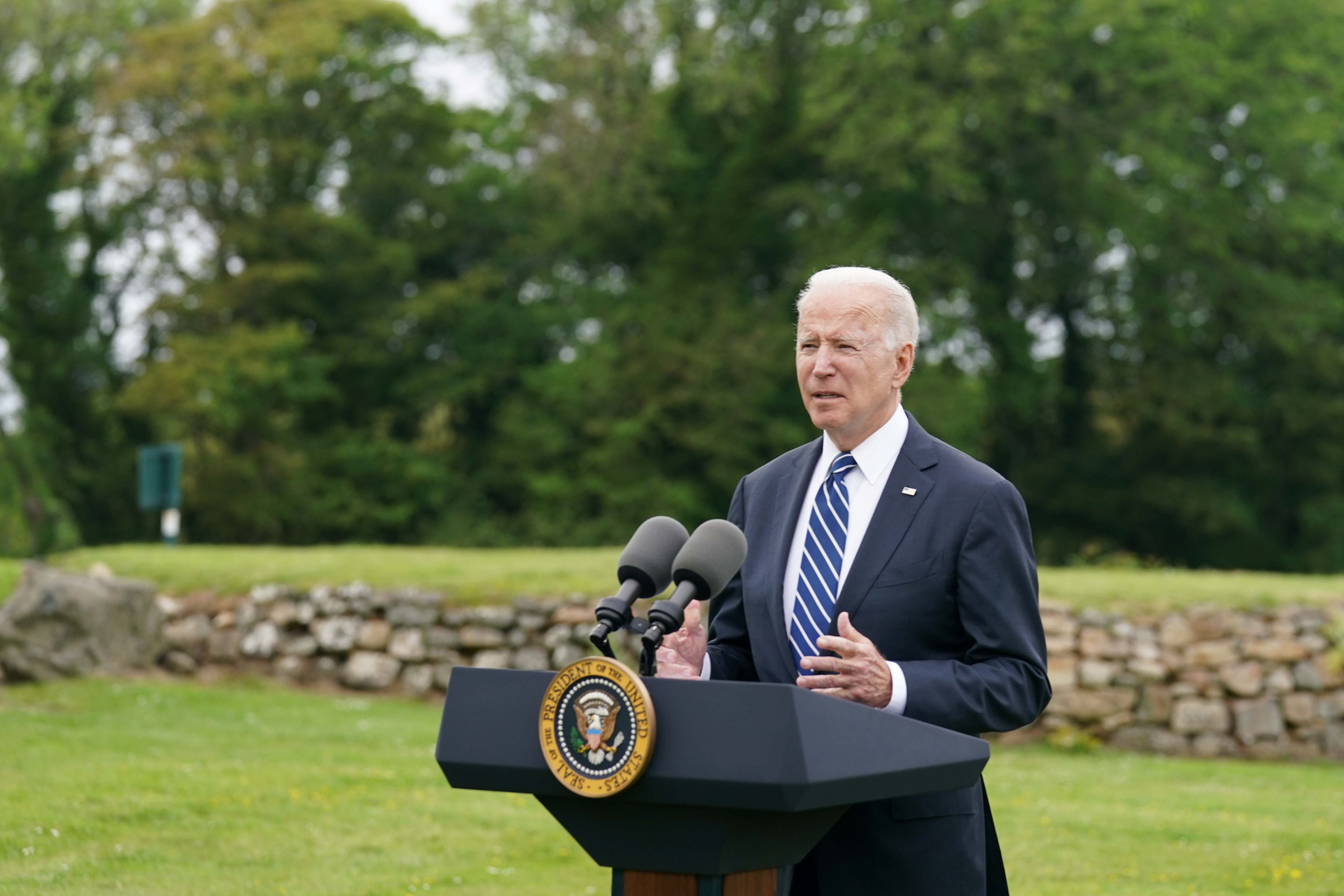 U.S. President Joe Biden speaks about his administration's pledge to donate 500 million doses of the Pfizer (PFE.N) coronavirus vaccine to the world's poorest countries, during a visit to St. Ives in Cornwall, Britain, June 10, 2021. REUTERS/ Kevin Lamarque - RC2M6H92RBG2