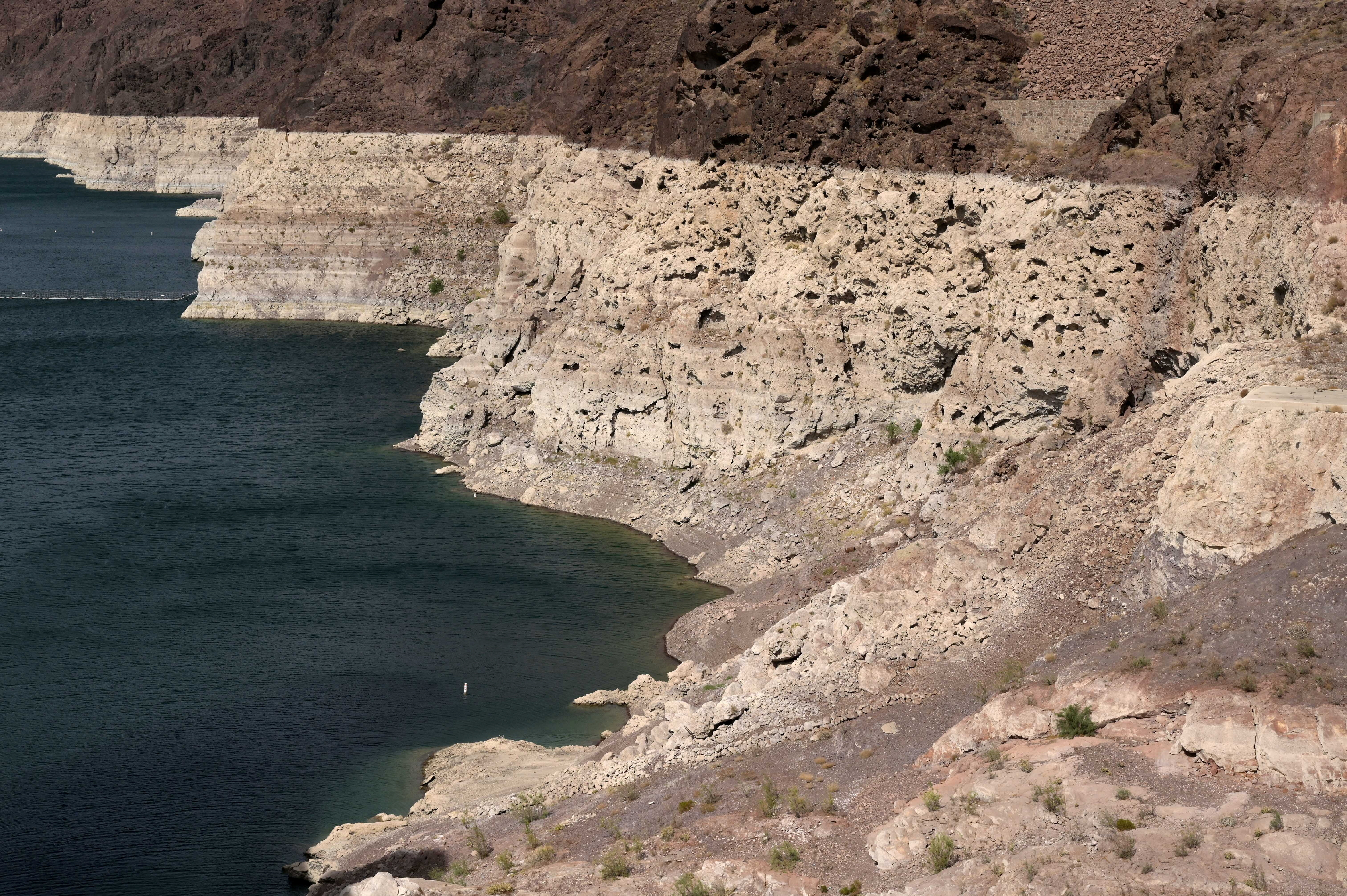 Low water levels due to drought are seen in the Hoover Dam reservoir of Lake Mead near Las Vegas, Nevada, U.S. June 9, 2021. Picture taken June 9, 2021.  REUTERS/Bridget Bennett - RC2AXN96K2UI