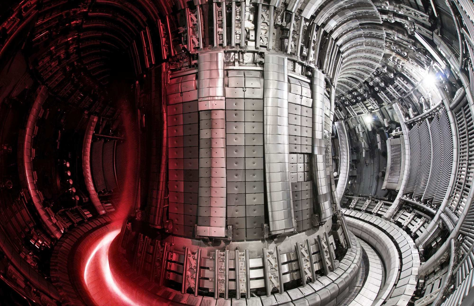 The interior of the Joint European Torus fusion experiment with a superimposed plasma