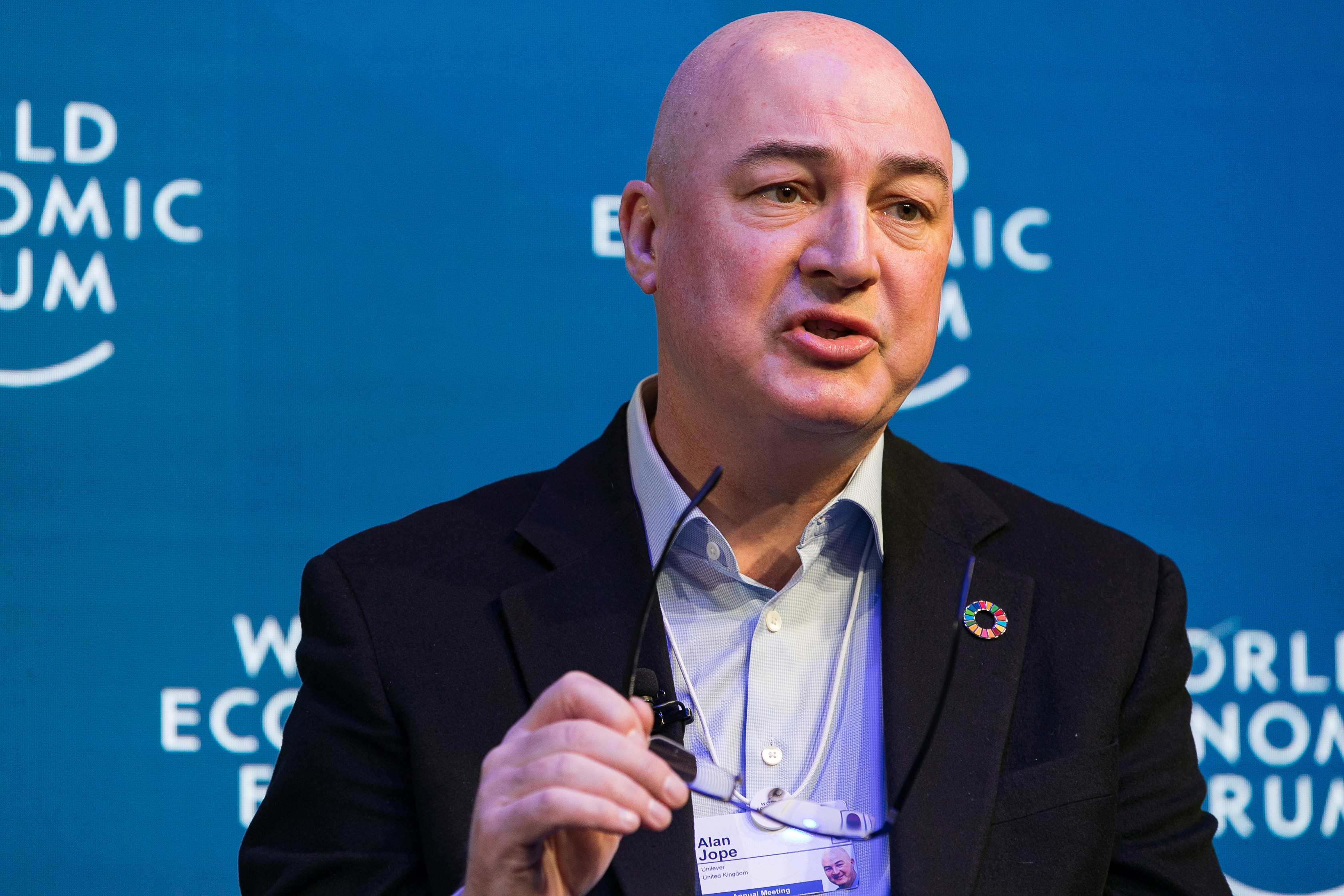 "Alan Jope, Chief Executive Officer, Unilever, United Kingdom speaking during the Session ""Strategic Outlook on Consumption"" at the Annual Meeting 2019 of the World Economic Forum in Davos, January 22, 2019. Congress Centre - Aspen 2.Copyright by World Economic Forum / Jakob Polacsek"