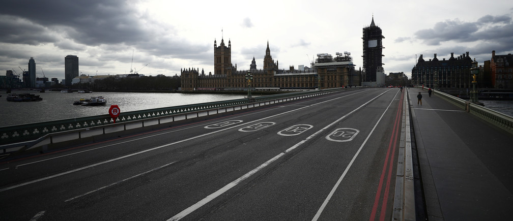 General view of a deserted Westminster bridge in London as the spread of the coronavirus disease (COVID-19) continues, in London, Britain March 20, 2020. REUTERS/Hannah McKay - RC2QNF9VQP3G
