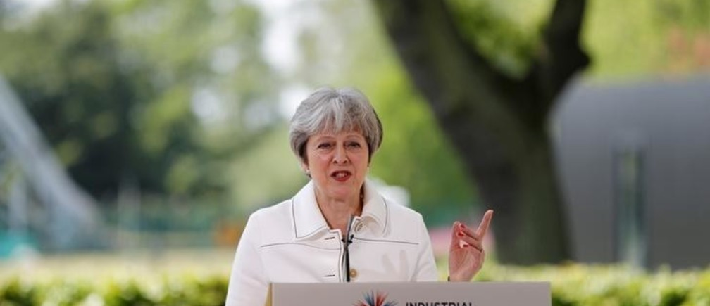 Britain's Prime Minister, Theresa May, speaks on science and the Industrial Strategy at Jodrell Bank in Macclesfield, Britain May 21, 2018.  REUTERS/Darren Staples/Pool