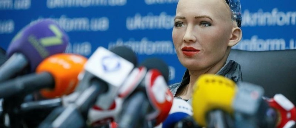 Social humanoid robot Sophia, a latest creation by Hanson Robotics company, attends a news conference after a meeting with young inventors and officials in Kiev, Ukraine October 11, 2018.  REUTERS/Valentyn Ogirenko     TPX IMAGES OF THE DAY - RC1F5BC901F0