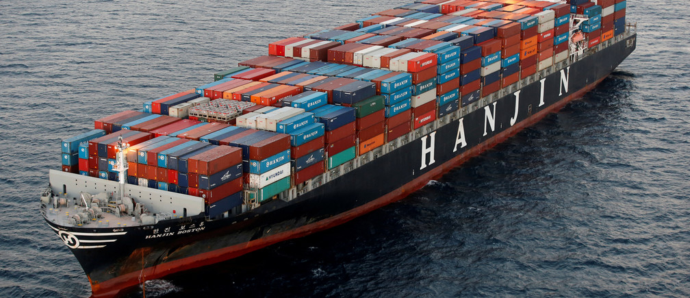 A Hanjin Shipping Co ship is seen stranded outside the Port of Long Beach, California, September 8, 2016. REUTERS/Lucy Nicholson/File Photo   - RTSPXQO