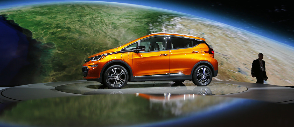 A Chevrolet Bolt EV electric vehicle is displayed at the North American International Auto Show in Detroit, January 12, 2016. REUTERS/Mark Blinch