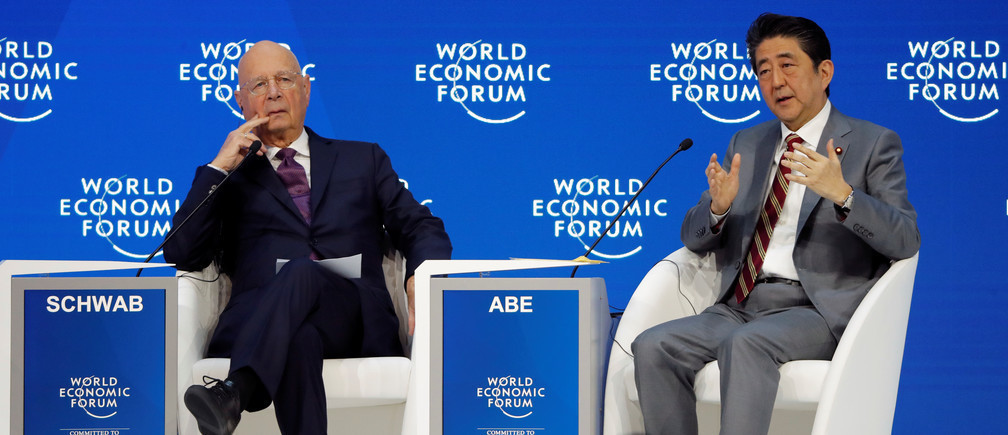 Japanese Prime Minister Shinzo Abe and Executive Chairman of the Forum Klaus Schwab at Davos 2019.