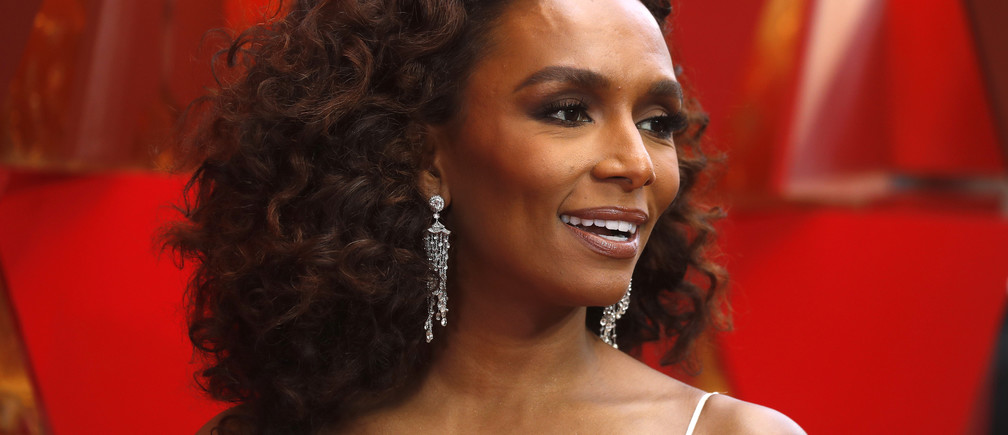90th Academy Awards - Oscars Arrivals – Hollywood, California, U.S., 04/03/2018 - Writer Janet Mock. REUTERS/Carlo Allegri - HP1EE341U8EA6