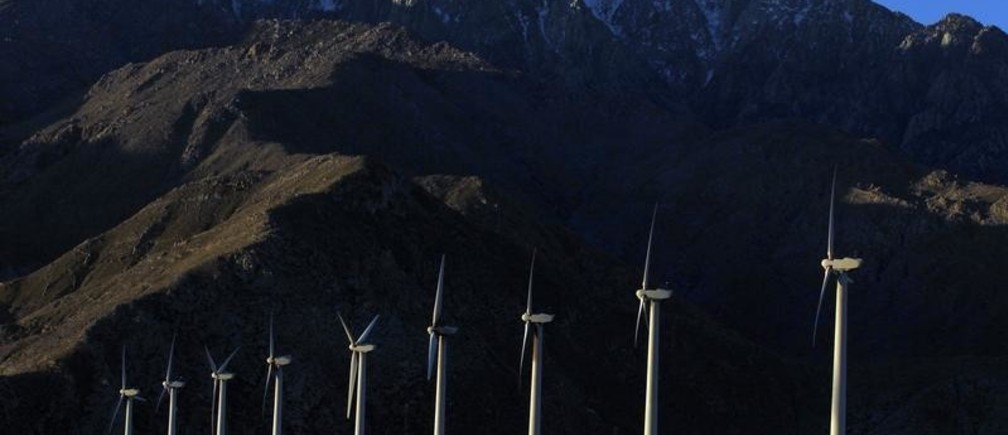 Windmills are seen at a wind farm in Palm Springs, California, February 9, 2011. California aims to slow climate change by putting a price on carbon -- a low, low starting price. The program is the last, keystone step in a controversial half-decade push to green the state's business for the good of the planet and the economy. Picture taken February 9, 2011.  To match Special Report CARBON-CALIFORNIA/    REUTERS/Lucy Nicholson (UNITED STATES - Tags: ENERGY ENVIRONMENT) - GM1E72H1RKV01