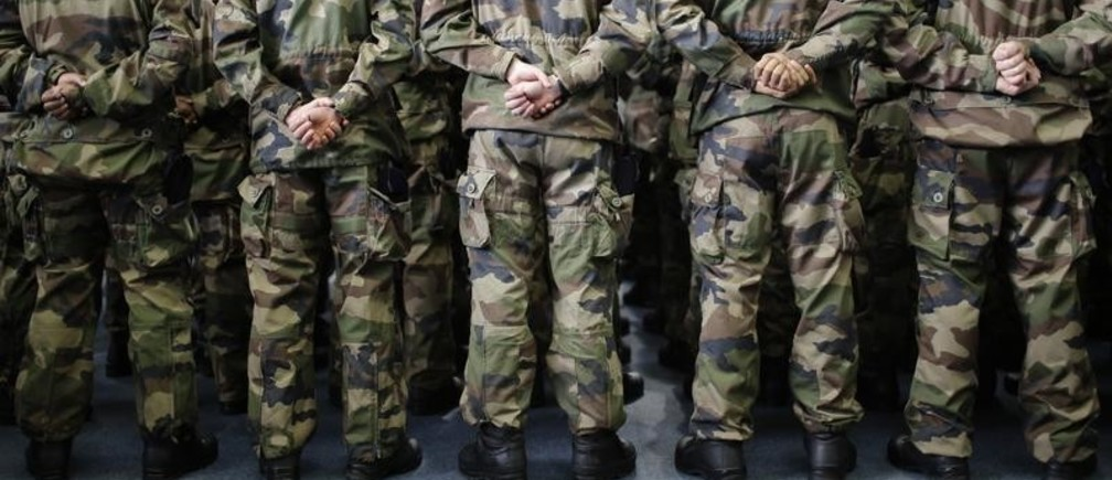 Military students are pictured before the New Year wishes to the French Army of French President Francois Hollande at the Saint-Cyr Coetquidan officers school in Guer, Brittany, January 14, 2016.   REUTERS/Stephane Mahe    TPX IMAGES OF THE DAY  - LR2EC1E1ATS81