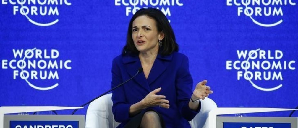 Sheryl Sandberg, Chief Operating Officer of Facebook attends the annual meeting of the World Economic Forum (WEF) in Davos, Switzerland January 22, 2016.  REUTERS/Ruben Sprich