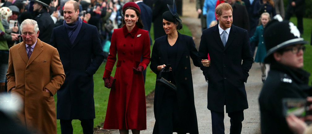Britain's Prince Charles, Prince William, Duke of Cambridge and Catherine Duchess of Cambridge along with Prince Harry, Duke of Sussex and Meghan, Duchess of Sussex arrive at St Mary Magdalene's church for the Royal Family's Christmas Day service on the Sandringham estate in eastern England, Britain, December 25, 2018. REUTERS/Hannah McKay - RC15D236FF50