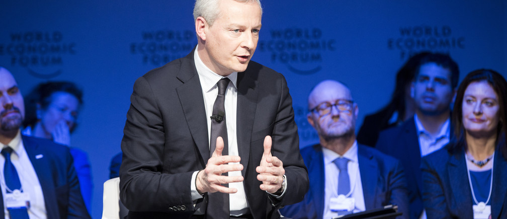 "Bruno Le Maire, ministre de l'Economie et des Finances de France, intervenant lors de la session ""L'Europe entre vision et dilemme"" à la réunion annuelle 2018 du Forum économique mondial de Davos, le 25 janvier 2018.Copyright by World Economic Forum / Christian Clavadetscher"