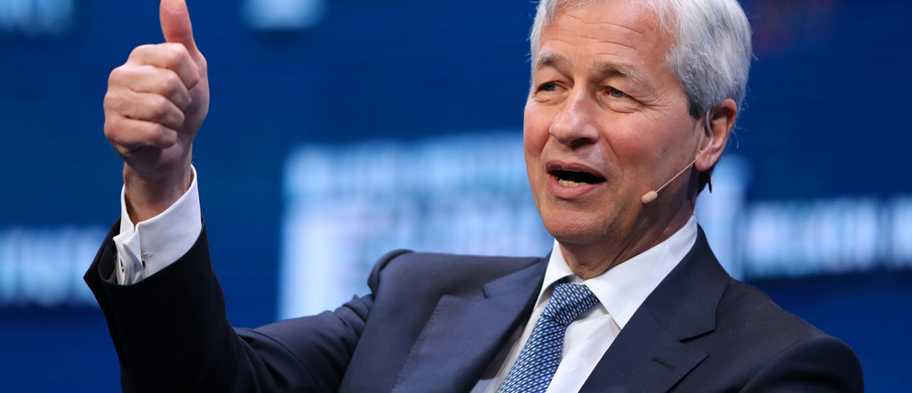Jamie Dimon, Chairman and CEO of JPMorgan Chase & Co. speaks during the Milken Institute Global Conference in Beverly Hills, California, U.S., May 1, 2017. REUTERS/Mike Blake - RC174469B010