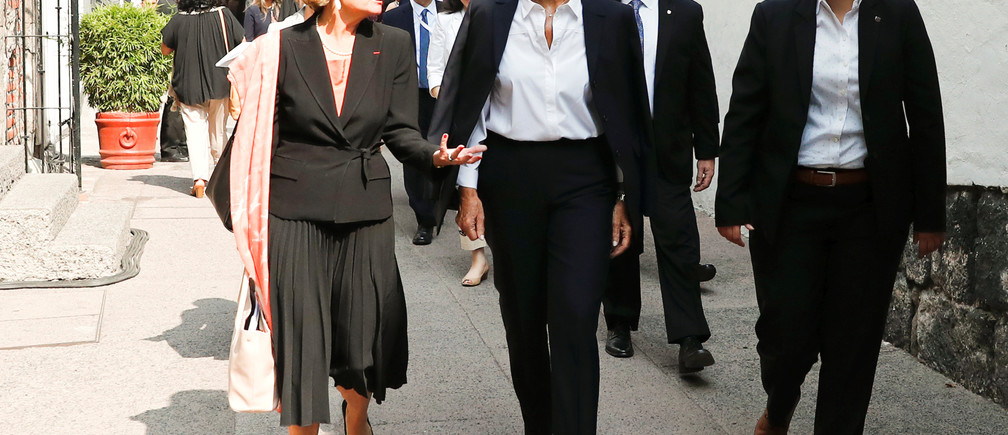 International Monetary Fund Managing Director Christine Lagarde and Managing Director of the Women's Forum for the Economy and Society Chiara Corazza arrive for the Women's Forum Americas, at Claustro de Sor Juana University in Mexico City, Mexico, May 30, 2019. REUTERS/Carlos Jasso - RC17F9D65FB0