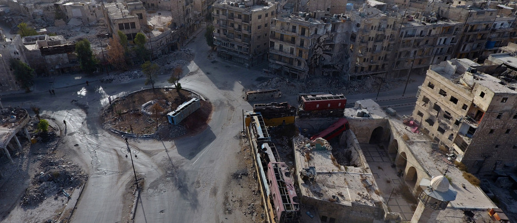 A general view taken with a drone shows the damage in the rebel-held Bab al-Hadid neighbourhood of Aleppo, Syria, October 13, 2016. Picture taken October 13, 2016. REUTERS/Abdalrhman Ismail - RTSS83V