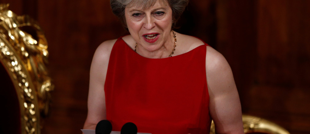 Britain's Prime Minister Theresa May delivers a speech at the Lord Mayor's Banquet, at the Guildhall, London, Britain November 14, 2016.  REUTERS/Peter Nicholls - RTX2TO0D