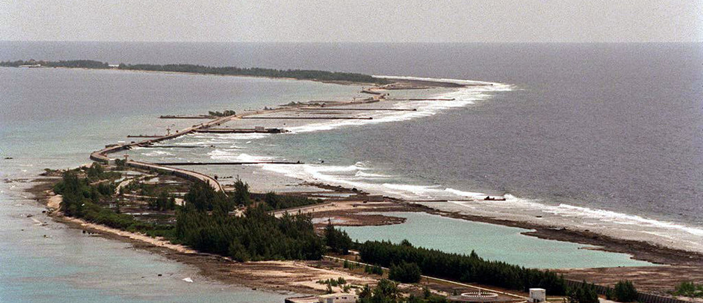 An aerial view of the Mururoa atoll in French Polynesia taken September 2, site where the final series of French nuclear testing will take place between September 1995 and 31 May 1996. The environmental group Greenpeace are currently carrying out a protest campaign against the renewed  nuclear testing on the Polynesian atoll - RTXFS81