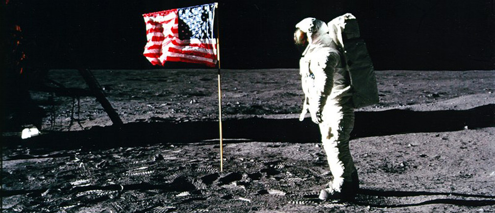 United States astronaut Buzz Aldrin salutes the American flag on the surface of the Moon after he and fellow astronaut Neil Armstrong became the first men to land on the Moon during the Apollo 11 space mission July 20, 1969. July 20, 2012 marks the 43rd anniversary of the moon landing. REUTERS/Neil Armstrong/NASA/Handout (UNITED STATES - Tags: SCIENCE TECHNOLOGY ANNIVERSARY) FOR EDITORIAL USE ONLY. NOT FOR SALE FOR MARKETING OR ADVERTISING CAMPAIGNS. THIS IMAGE HAS BEEN SUPPLIED BY A THIRD PARTY. IT IS DISTRIBUTED, EXACTLY AS RECEIVED BY REUTERS, AS A SERVICE TO CLIENTS - GM1E87L0HKG01