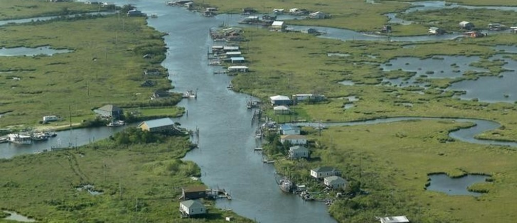 Communities are seen surrounded by water and wetlands in Plaquemines Parish, Louisiana, August 25, 2015. REUTERS/Jonathan Bachman  TPX IMAGES OF THE DAY