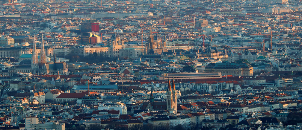The city of Vienna is seen during a sunny day from mount Kahlenberg, Austria March 12, 2019. Picture taken March 12, 2019.   REUTERS/Leonhard Foeger - RC1E90256E10