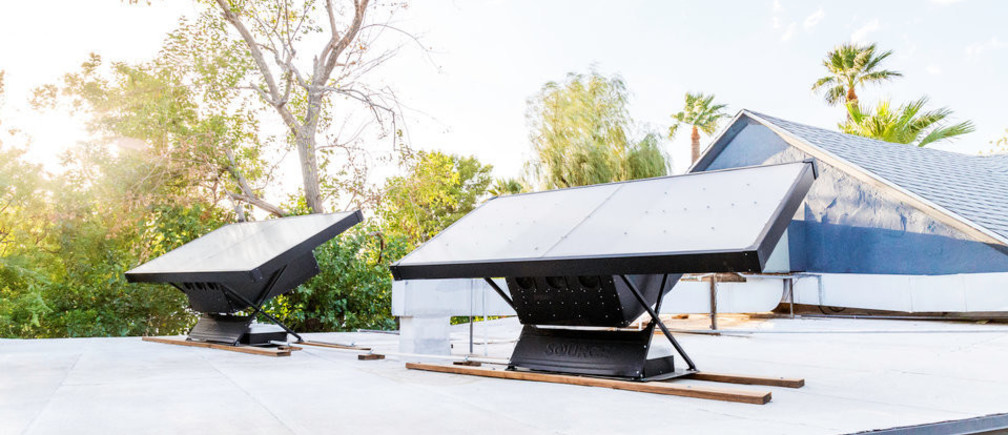 These solar panels pull clean drinking water from the air