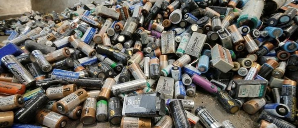 A pile of used primary non-rechargeable Lithium-ion batteries is pictured before being recycled by the German recycling firm Accurec in Krefeld, Germany, November 16, 2017. Picture taken November 16, 2017.   REUTERS/Wolfgang Rattay