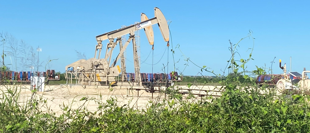 Oil pumps are seen, as oil and gas activity dips in the Eagle Ford Shale oil field due to the coronavirus disease (COVID-19) pandemic and the drop in demand for oil globally, in Karnes County, Texas, U.S., May 18, 2020. Picture taken May 18, 2020.  REUTERS/Jennifer Hiller - RC2NTG9FQV05
