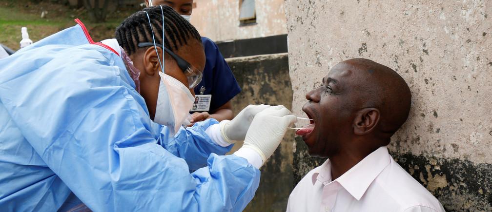 Les gouvernements africains sont confrontés à de nombreux défis, notamment des ressources et des systèmes de santé limités