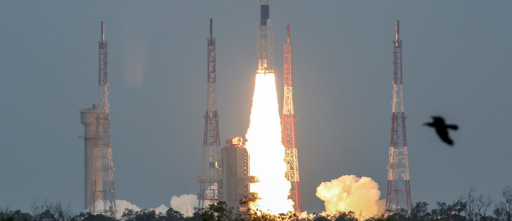 REFILE - ADDING INFORMATION India's Geosynchronous Satellite Launch Vehicle Mk III-M1 blasts off carrying Chandrayaan-2, from the Satish Dhawan Space Centre at Sriharikota, India, July 22, 2019. REUTERS/P. Ravikumar - RC1E55233870