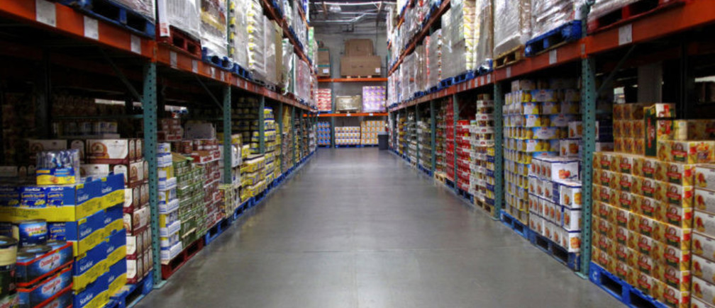 FILE PHOTO - The warehouse style of shopping is shown inside a Costco store in Carlsbad, California February 28, 2012.  REUTERS/Mike Blake/File Photo
