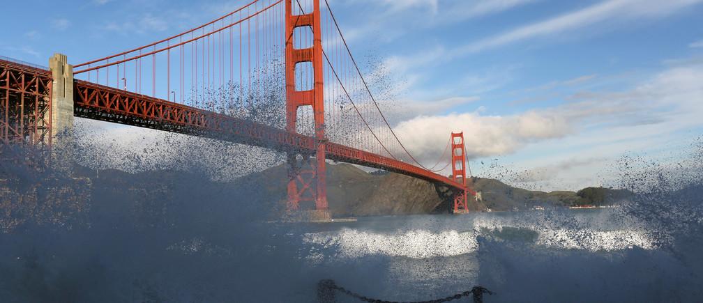 Waves crash against a sea wall in San Francisco Bay beneath the Golden Gate Bridge in San Francisco, California December 16, 2014.   REUTERS/Robert Galbraith/File Photo                      GLOBAL BUSINESS WEEK AHEAD PACKAGE    SEARCH BUSINESS WEEK AHEAD 10 OCT FOR ALL IMAGES - RTSRJ2L