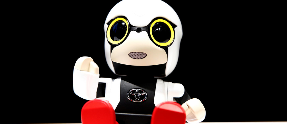 Toyota Motor Corp's Kirobo Mini robot is pictured during a photo opportunity after a news conference in Tokyo, Japan, September 27, 2016. Picture taken on September 27, 2016. REUTERS/Kim Kyung-Hoon      TPX IMAGES OF THE DAY      - RTSQH36