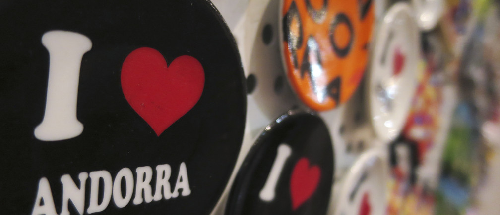Magnets are displayed at a souvenir shop in Andorra la Vella, March 12, 2015. REUTERS/Sergio Perez (ANDORRA - Tags: SOCIETY) - GM1EB3D061Y01