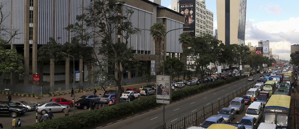 A view of evening traffic near Kenya's Central Bank offices in capital Nairobi November 10, 2015.