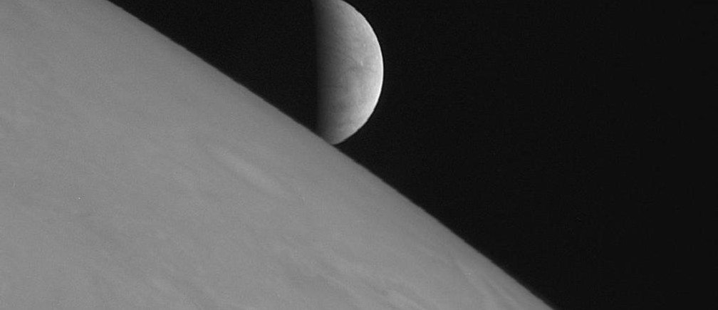 New Horizons took this image of the icy moon Europa rising above Jupiter's cloud tops after the spacecraft's closest approach to Jupiter. The spacecraft was 2.3 million kilometers (1.4 million miles) from Jupiter and 3 million kilometers (1.8 million miles) from Europa when the picture was taken.  Robotic missions to Mars and Jupiter's icy moon Europa should top NASA's to-do list for an upcoming decade of planetary exploration, the U.S. National Research Council recommended on Monday. For the decade 2013-2022, five separate panels of scientists and experts agreed on a suite of missions that would get the greatest scientific return from money spent, recognizing that even these projects could be budget busters. REUTERS/NASA/Johns Hopkins University Applied Physics Laboratory/Southwest Research Institute/Handout  (UNITED STATES - Tags: SCI TECH) FOR EDITORIAL USE ONLY. NOT FOR SALE FOR MARKETING OR ADVERTISING CAMPAIGNS. THIS IMAGE HAS BEEN SUPPLIED BY A THIRD PARTY. IT IS DISTRIBUTED, EXACTLY AS RECEIVED BY REUTERS, AS A SERVICE TO CLIENTS - RTR2JL39
